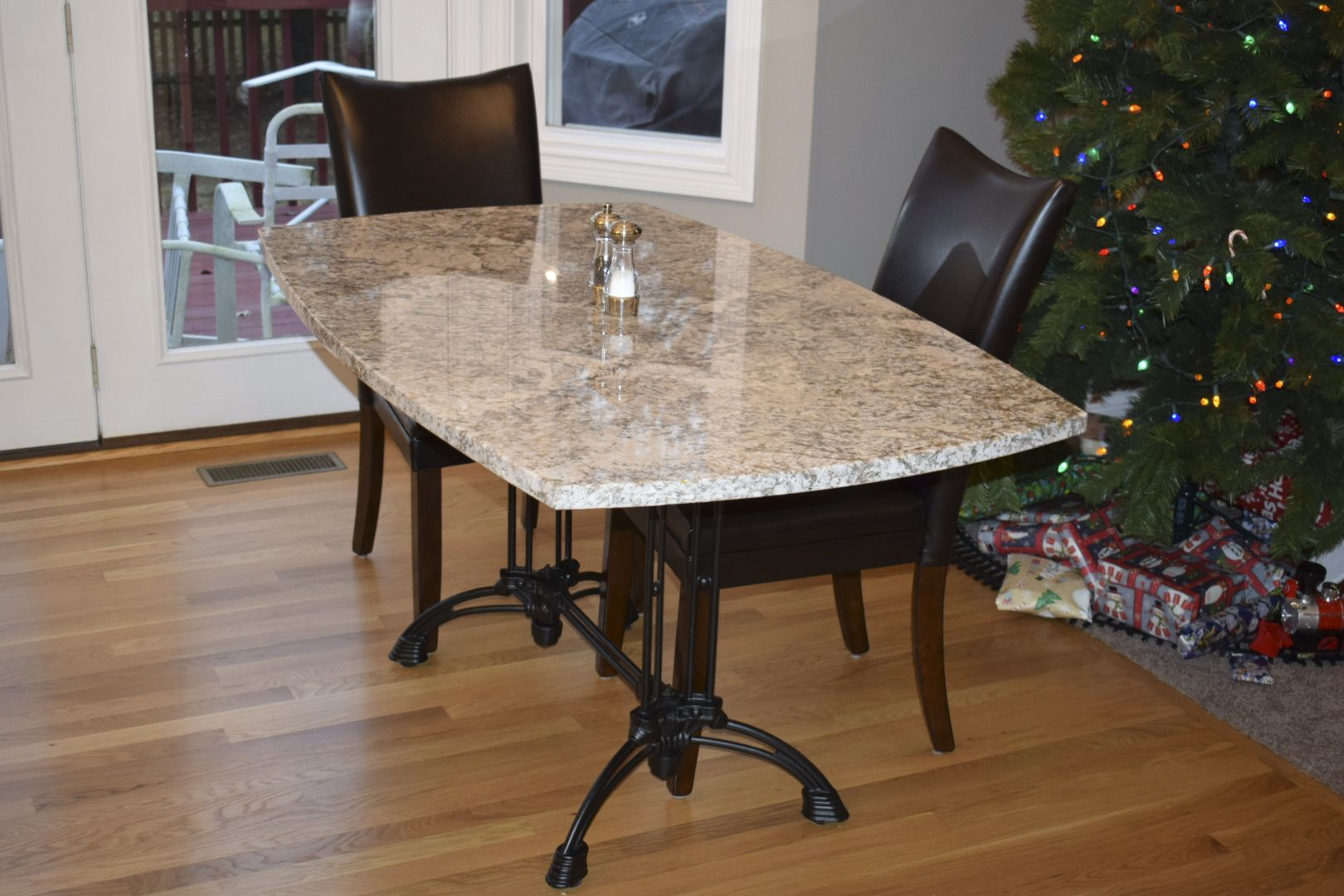 "Bruni 2 x 2 Table Base Under 32"" x 48"" Granite Table Top"