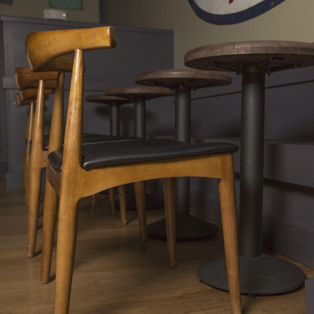 C14 Black Table Base